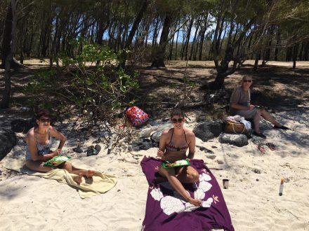 Picnick creole on Ile de deux cocos