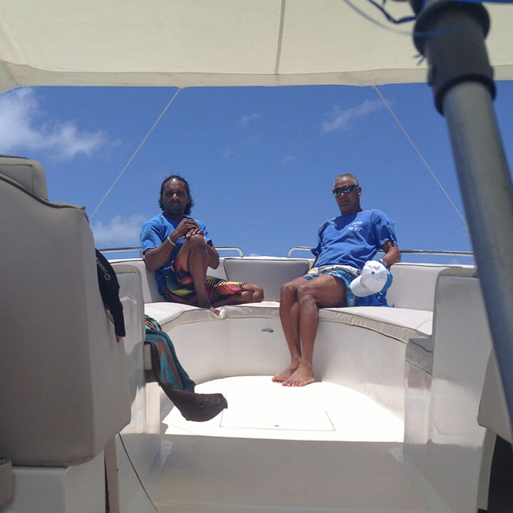 exclusive speedboat journey with totof tours