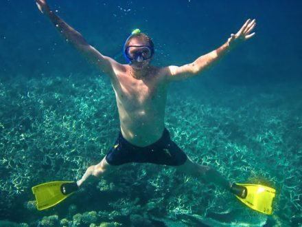 funny underwater snorkeling picture blue bay mauritius