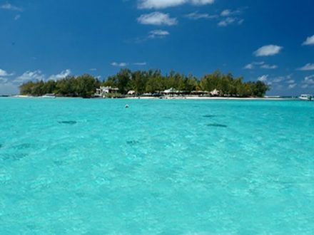 turquoise water blue bay mauritius