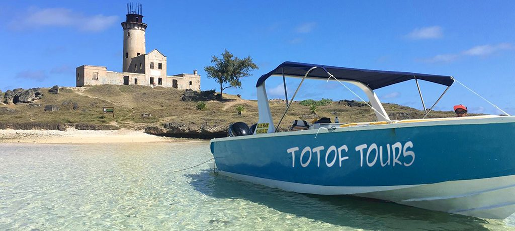Totof Tours Speedboat ile aux phare